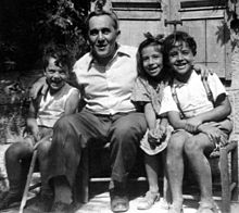 Painter Jacob Steinhardt with friends.jpg