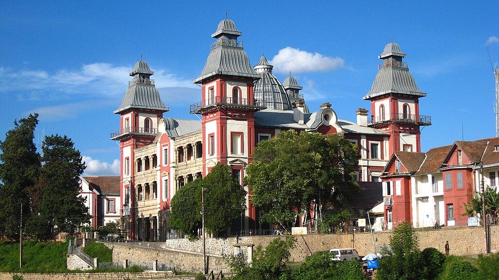 Palais d'Andafiavaratra 01.jpg