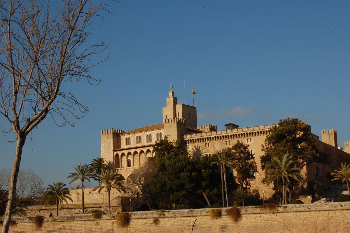 Palazzo de l 39 almudaina wikipedia - Storia di palma domenica ks1 ...