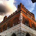 Palazzo Gotico - Piacenza.jpg