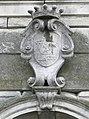 Palazzo Perolari-Malmignati, stemma familiare su facciata (Lendinara).jpg
