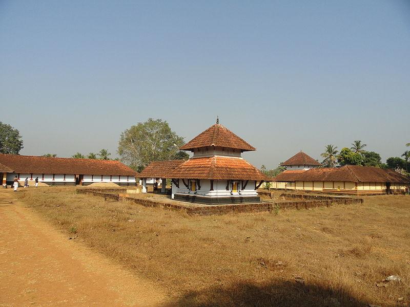 File:Panniyur Sri Varahamoorthy Temple.JPG