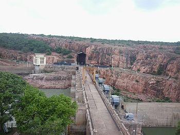 Panoramic view of Navilu theertha dam.jpg