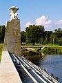 Park Ocalałych Pomnik Polaków ratujących Żydów Łódź.JPG