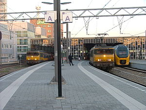 Eindhoven railway station - Image: Perron Station Eindhoven