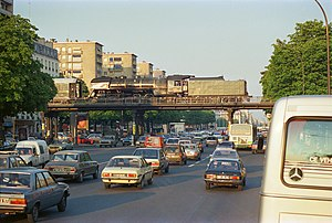 Cours de Vincennes - Image: Petite Ceinture Cours de Vincennes mai 1987 b