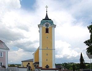 Pfarrkirche_Neufelden_Außen_I.jpg