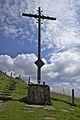Pferdskopf, Gipfelkreuz, Gedenkkreuz - panoramio.jpg