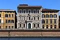 Pisa, palazzo alla giornata 01.jpg