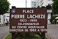Plaque Place Pierre Lacheze (Poissy).JPG