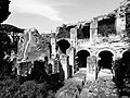 Pozzuoli, anfiteatro Flavio (17825234839).jpg