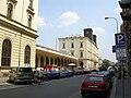 Praha Masarykovo nádraží-průčelí Hybernská.jpg