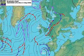 Nearly inertial flow over Central Europe and Russia