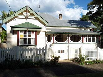 Bangalow - Image: Private residence, Lismore Rd., Bangalow NSW 2014