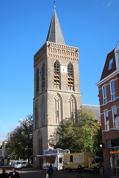 file:protestant church ede in the main shopping street, called oude
