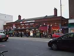 Putney station building.JPG