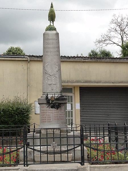 Quierzy (Aisne) monument aux morts