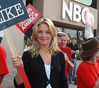 Elisabeth Röhm - Röhm during the 2007–08 Writers Guild of America strike