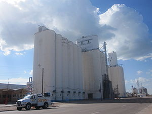 Hartley County, Texas - Image: Revised Dalhart Grain Elevator IMG 4937