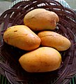 Ripe chok anan mangoes.jpg