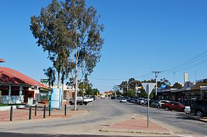 Robinvale - Perrin Street, the main street of the town