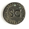 Romerskt bronsmynt, 11-12 - Skoklosters slott - 110684.tif