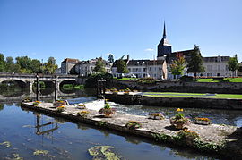 The centre of Romorantin-Lanthenay and the Sauldre