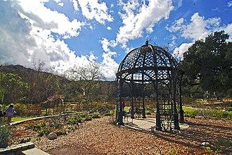 Descanso Gardens - Image: Rosarie Descansogardens 1