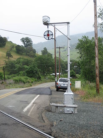 Wigwag (railroad) - A Magnetic Flagman wigwag signal in use in southern Oregon in 2007.