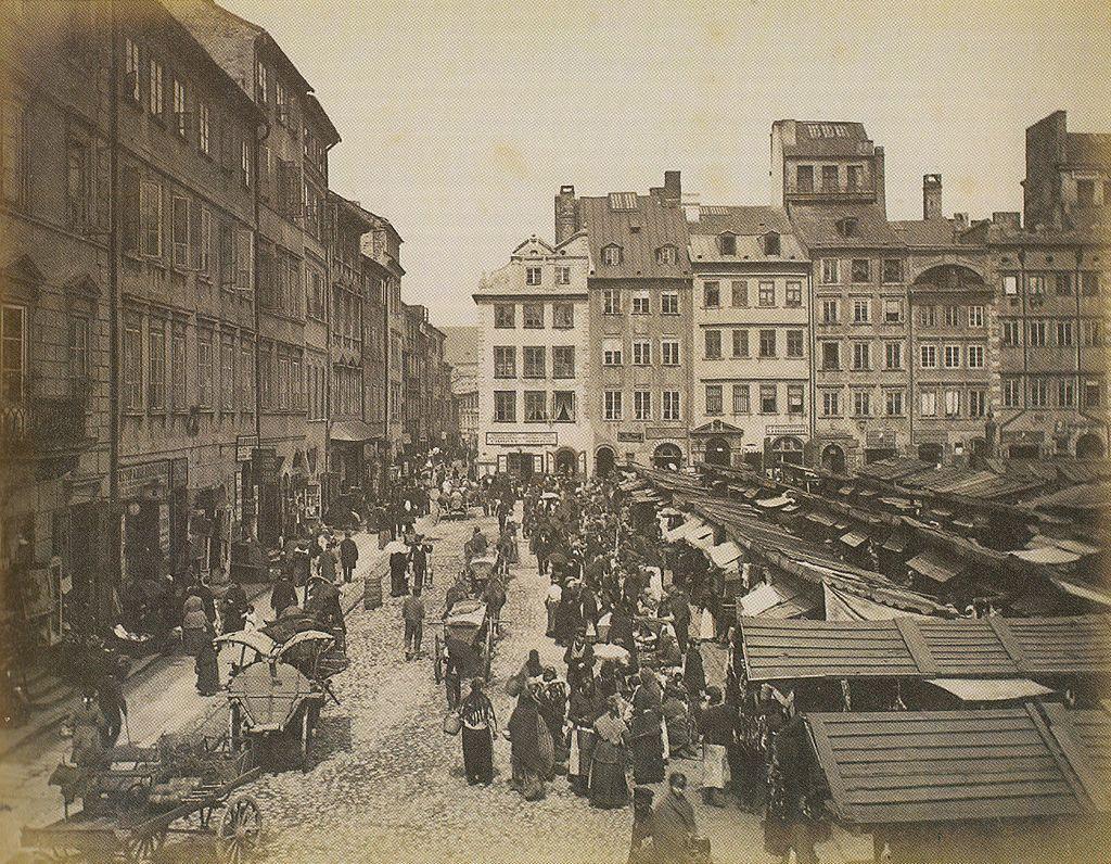 Rynek Starego Miasta w Warszawie ok. 1890.jpg
