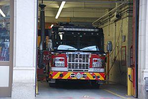 Service de sécurité incendie de Montréal - Pumper 225 at Station 25.