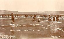 Can Swim nude in australia