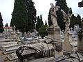 SSJ- Ángel sin cara y sin alas; lecho funerario (23820656896).jpg