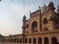 Safdurjung's Tomb, New Delhi.jpg