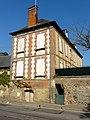 Saint-Germer-de-Fly (60), ancienne ferme de l'abbaye, logis, rue Michel-Greuet.jpg