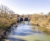 Saint-Sulpice-la-Pointe (Tarn) - Le pont du chemin de fer sur l'Agout.jpg