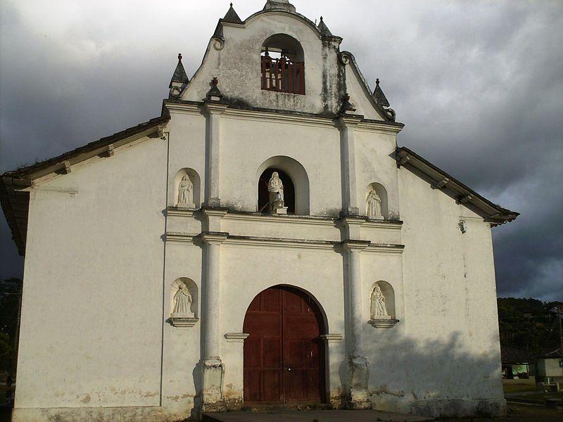 Visitita la Iglesia de San Marcos de Caiquín