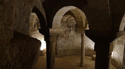Chiesa di San Pietro in Villore, cripta