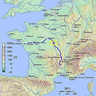 Sancerre (wine) - The distance between Sancerre (highlighted in pink within yellow box) and the Atlantic coast diminishes the maritime influence on the region and gives it more of a continental climate.