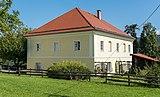 Sankt Georgen am Laengsee Schlossallee 2 Pfarrhof 12092015 7308.jpg