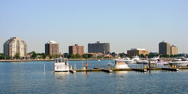 Sarnia Skyline By P199 (Own work) [CC-BY-SA-3.0 (http://creativecommons.org/licenses/by-sa/3.0) or GFDL (http://www.gnu.org/copyleft/fdl.html)], via Wikimedia Commons
