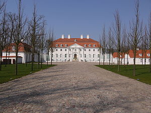 Chancellor of Germany (1949–) - Schloss Meseberg is the retreat of the Chancellor