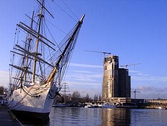 Gdynia - View from Kosciuszko Square; Dar Pomorza on the left, Sea Towers on the right
