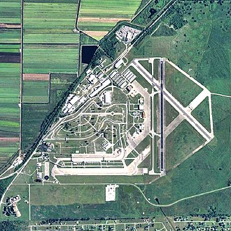 Sebring Regional Airport - USGS 2006 orthophoto