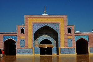 Shah Jahan Mosque, Thatta - The entry way to the main prayer hall is from the central courtyard.