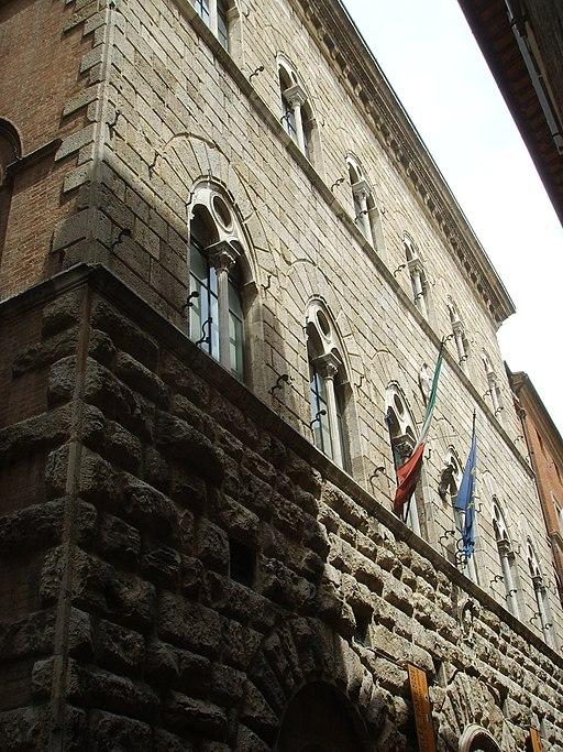 Siena - Palazzo delle Papesse o Palazzo Piccolomini