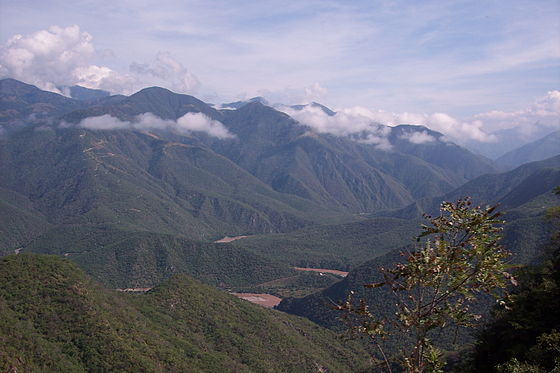 Geographical view to Mexico and its mountain ranges Sierra Madre Oriental, Sierra Madre Occidental and Sierra Madre del Sur. - Sierra Madre Occidental