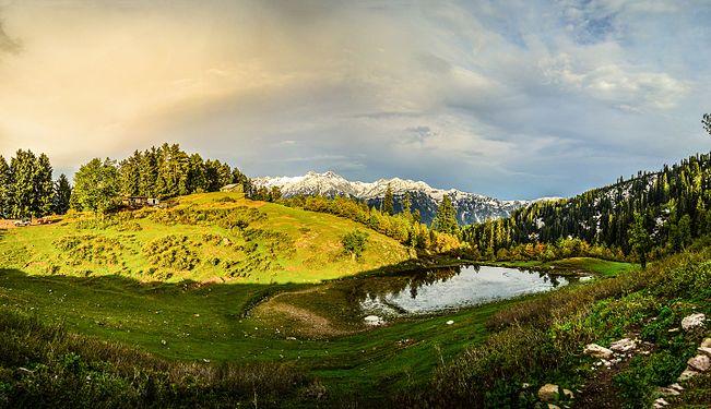 Siri Paye, Shogran, Kaghan Valley.jpg