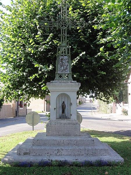 Sissy (Aisne) oratoire-croix de chemin