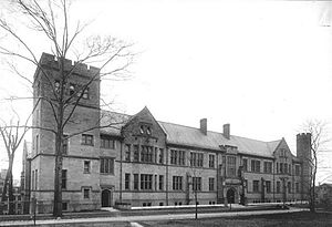 Science Hill (Yale University) - Sloane Physics Laboratory, the first science building completed after Sachem's Wood was purchased by Yale